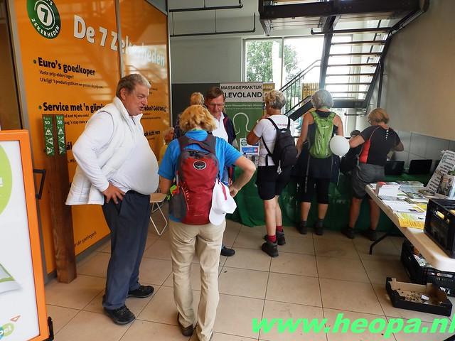 2016-06-11        Almeerdaagse     5e dag 42.5 Km (94)