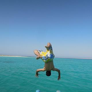 قفزتي من القارب في جزيرة أم سحر بمدينة أملج أم سحر أملج Flickr