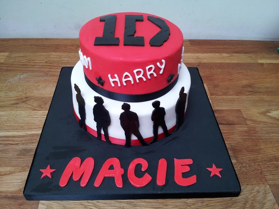 Super One Direction Birthday Cake Georgina Hopwood Flickr Personalised Birthday Cards Paralily Jamesorg