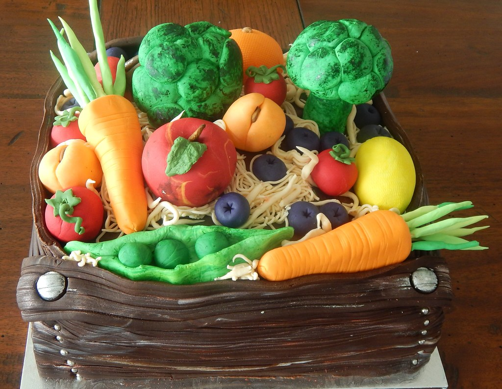 Phenomenal Birthday Cake Fruit And Vegetable Twins Kiwigirlsteph Flickr Funny Birthday Cards Online Elaedamsfinfo