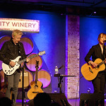 Fri, 28/03/2014 - 8:40pm - Suzanne Vega (with guitarist Gerry Leonard) for an audience of WFUV Marquee Members at City Winery in NYC, 3-28-14. Hosted by Rita Houston. Photo by Laura Fedele