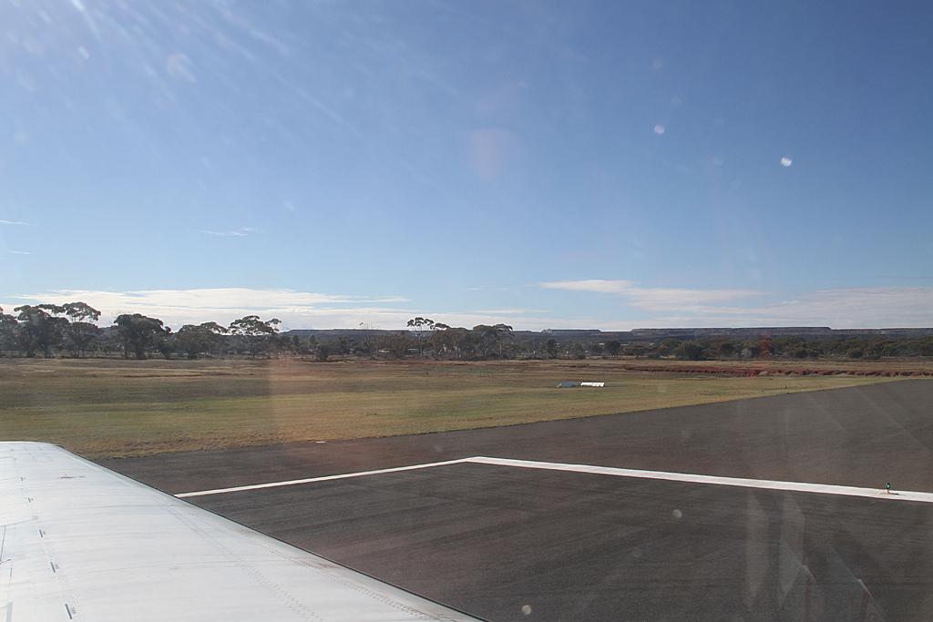 Qantaslink717-23S-VH-NXE-36