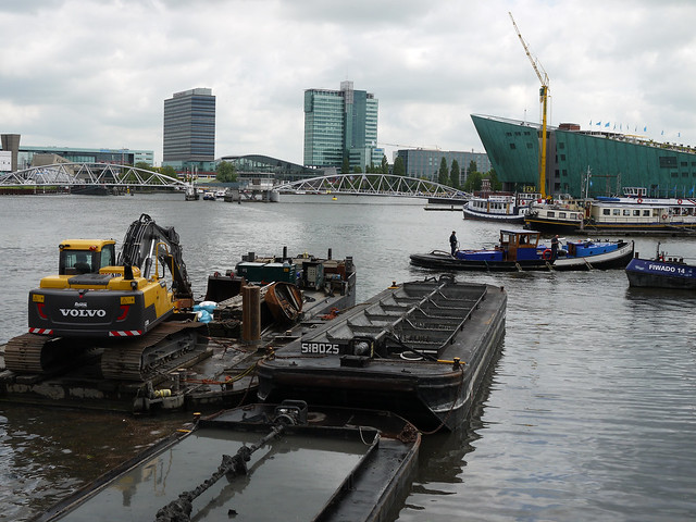 2013.06 - 'Municipal dredge boats in the Oosterdok Dockland water', with the Nemo technical museum to the right; urban photography by Fons Heijnsbroek, Amsterdam city, The Netherlands