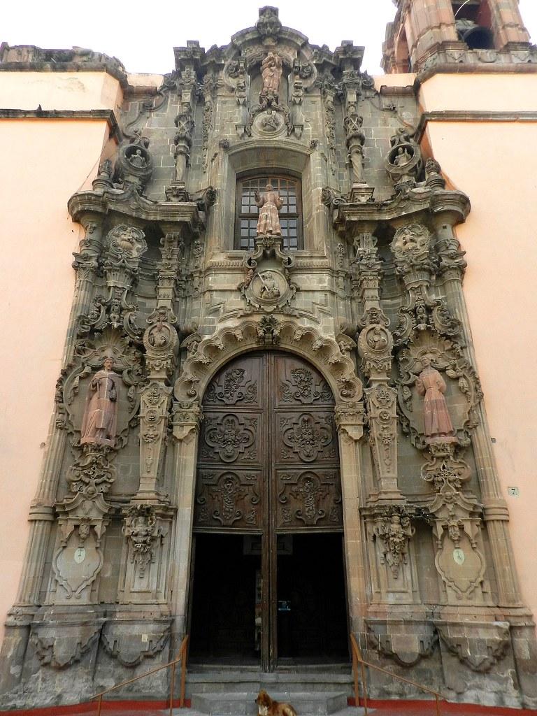 fachada del templo de san diego de alcantara