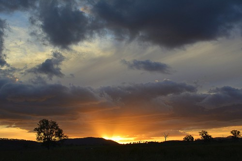 sunset sky clouds landscape countryside sundown australia queensland cloudscape sequeensland ruralaustralia loganvalley bromelton mountjuberra