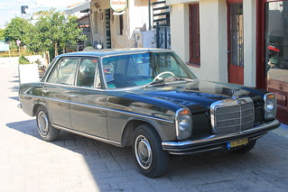 /8 (W 114) - Mercedes-Benz