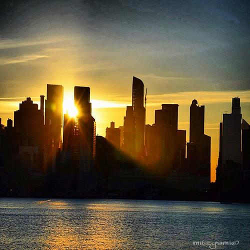 city nyc newyorkcity travel vacation usa sun beautiful skyline sunrise landscape photography nikon flickr unitedstates manhattan sightseeing