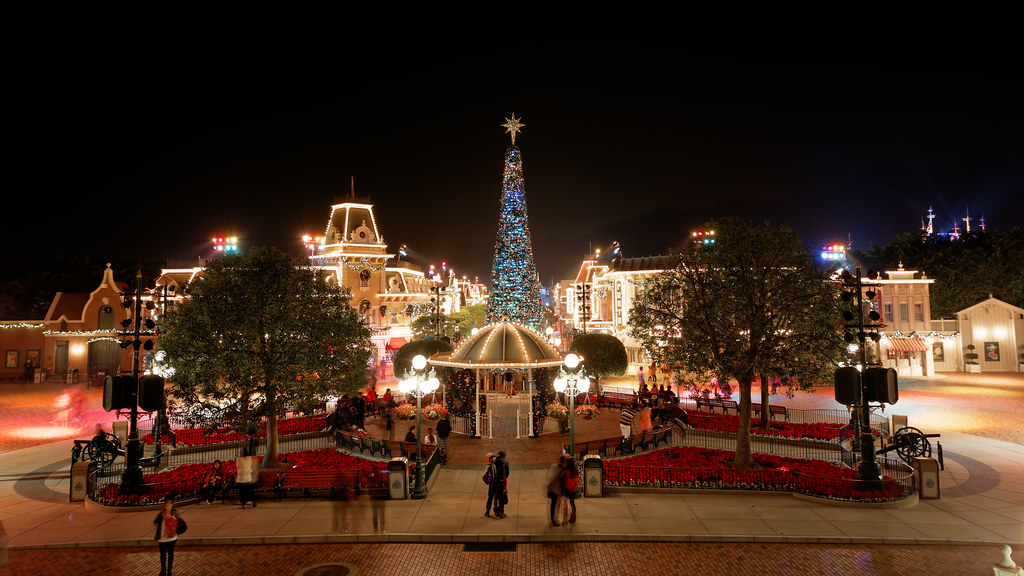 Christmas In Disneyland Hong Kong.Hong Kong Disneyland Christmas Eve Eddie Yip Flickr