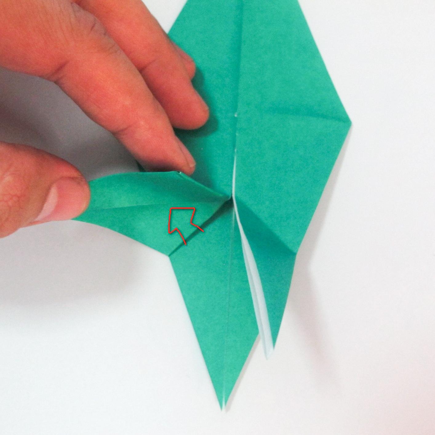 สอนวิธีการพับกระดาษเป็นรูปปลาฉลาม (Origami Shark) 025