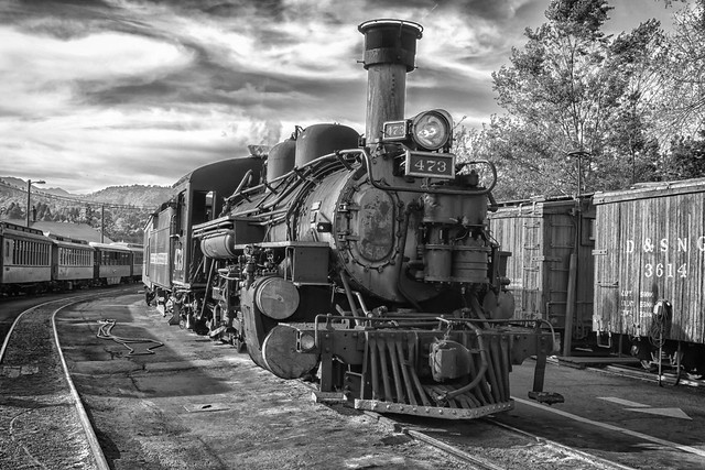 The Old Steam Engine_IMG_4577