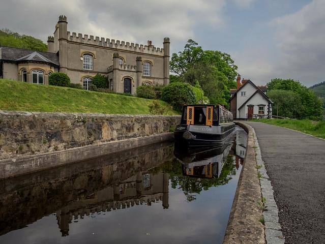 LLangollen Canal .. Wales