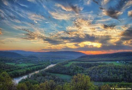 sunset wv westvirginia berkeleysprings appalachianmountains scenicoverlook morgancounty prospectpeak panoramaoverlook wveasternpanhandle prospectpeakoverlook