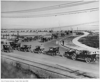 Sunnyside traffic   by Toronto History