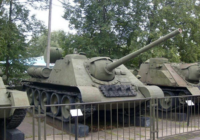 SU-85 (5)