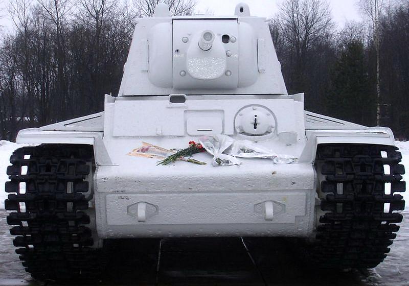 KV-1 Kirovsk (2)