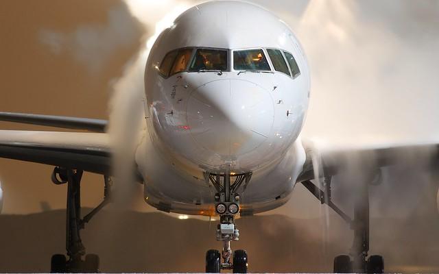 EC-FTR Cygnus Air Boeing 757-256(PCF)