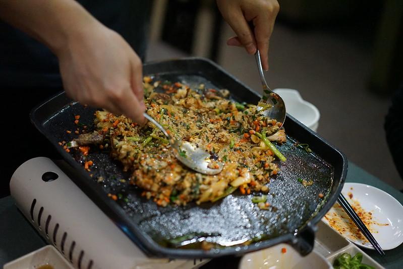 ジャガルチ市場_焼き飯2