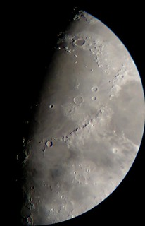 Moon Feb 8th, close on Mare Imbrium and Sinus Medii