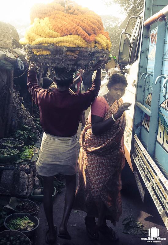 Mullik Ghat Flower Market, Kolkata