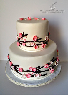 Japanese Cherry Blossom Wedding Cake Magsdewdrops Creations Flickr