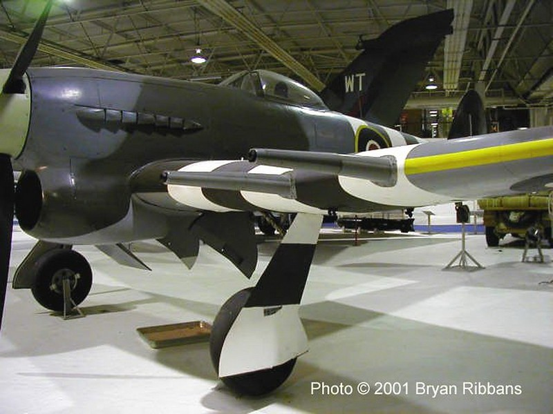 Hawker Typhoon (2)