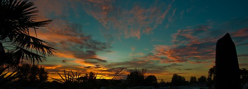 morning pink sunset red newzealand sky orange cloud sun nature beautiful silhouette night clouds sunrise nikon warm pretty view gorgeous horizon nz northisland nikkor mtmaunganui tauranga photooftheday bayofplenty d300 nouvellezélande papamoa nikond300 allsunsets nikkorvr18105mmf35 bernzfotos