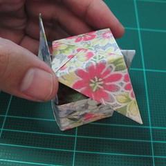 การพับกระดาษเป็นรูปเรขาคณิตทรงลูกบาศก์แบบแยกชิ้นประกอบ (Modular Origami Cube) 035