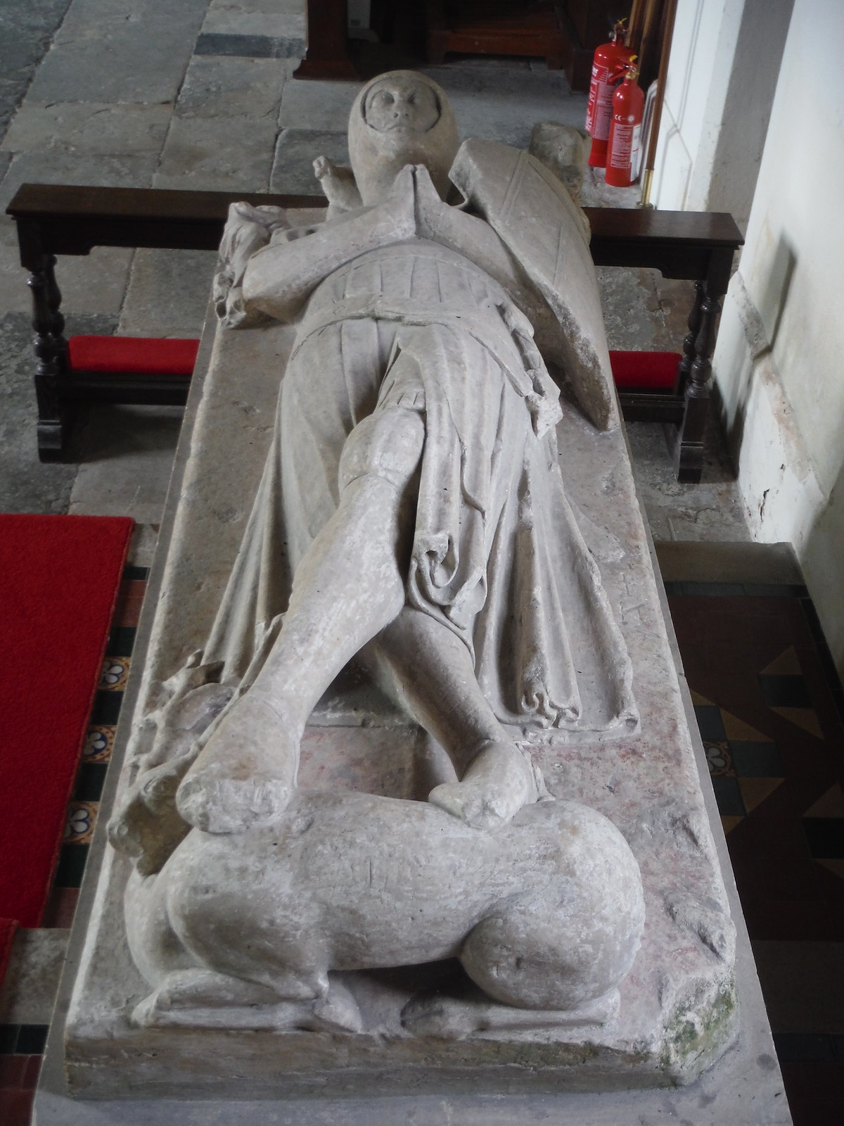Sir Geoffrey de Canterton (disputed), or a member of the Hotot family, St. Mary's, Michelmersh SWC Walk 265 - Dean to Mottisfont and Dunbridge