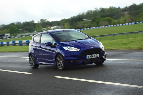 2014 Ford Fiesta ST2 Turbo Photo