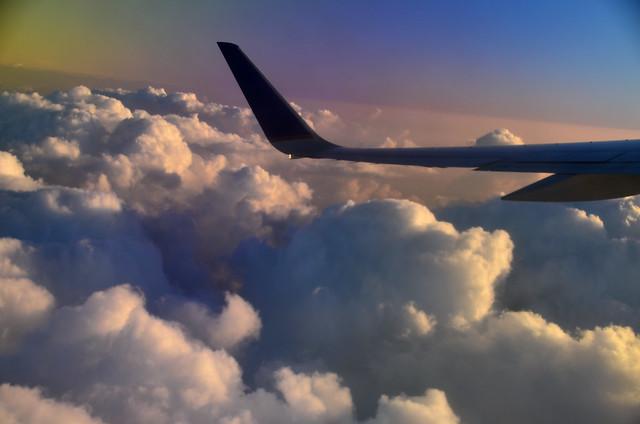 Leaving Oʻahu (a0004447)