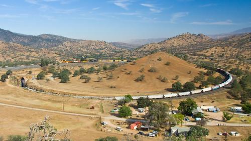 california usa train railway tehachapi bnsf vlak kalifornie železnice