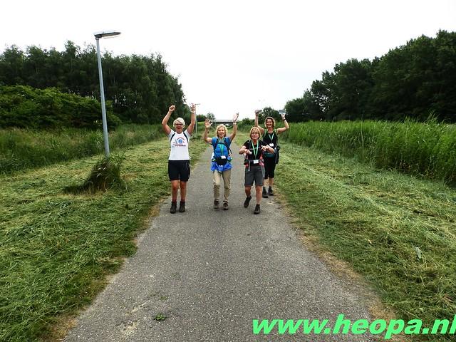 2016-06-11        Almeerdaagse     5e dag 42.5 Km (51)