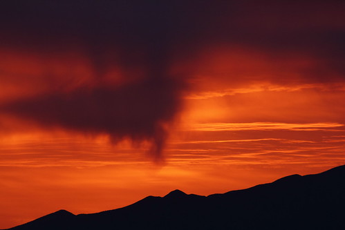 santa morning red arizona sky orange cloud sun black mountains yellow skyline clouds sunrise canon skyscape eos rebel gold dawn golden tucson rita salmon az 23 february rise daybreak 2014 tucsonaz 22314 arizonasky santaritamountains arizonasunrise t2i arizonaskyline canoneosrebelt2i eosrebelt2i arizonaskyscape 2232014 february232014