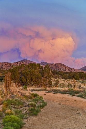sunset sky mountain newmexico southwest landscape fire desert smoke albuquerque trail rockymountains nm sandia plume manzano 6d doghead fourhills grantcondit gecondit sandiamoiuntains