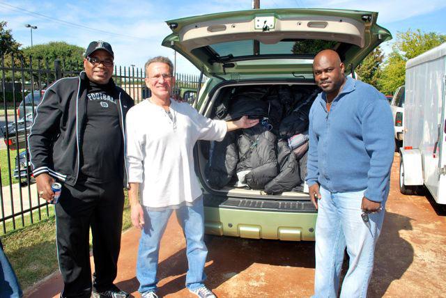 1000 Coats For Hope Coat Drive