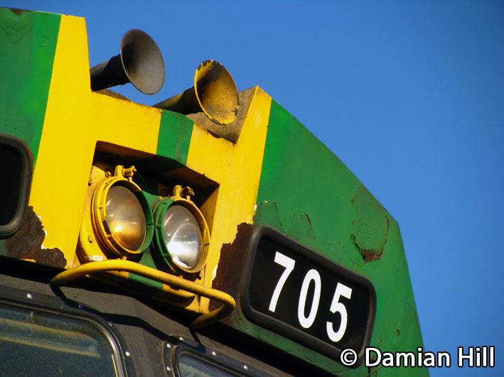705 by baytram366