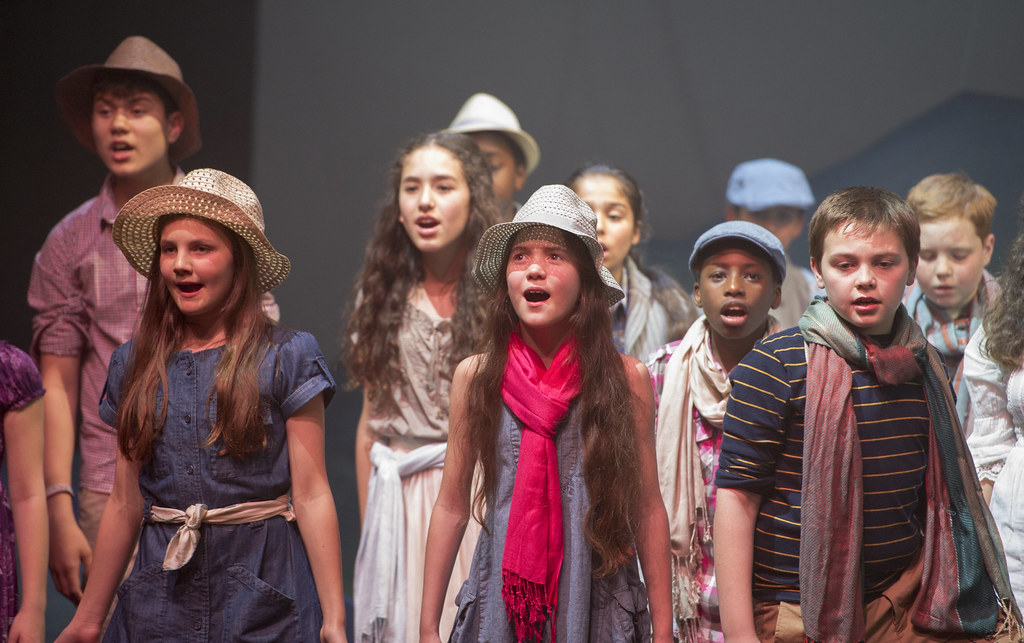 Children singing Gone Fishing, Youth Opera Company © ROH/Sim Canetty-Clarke, 2013