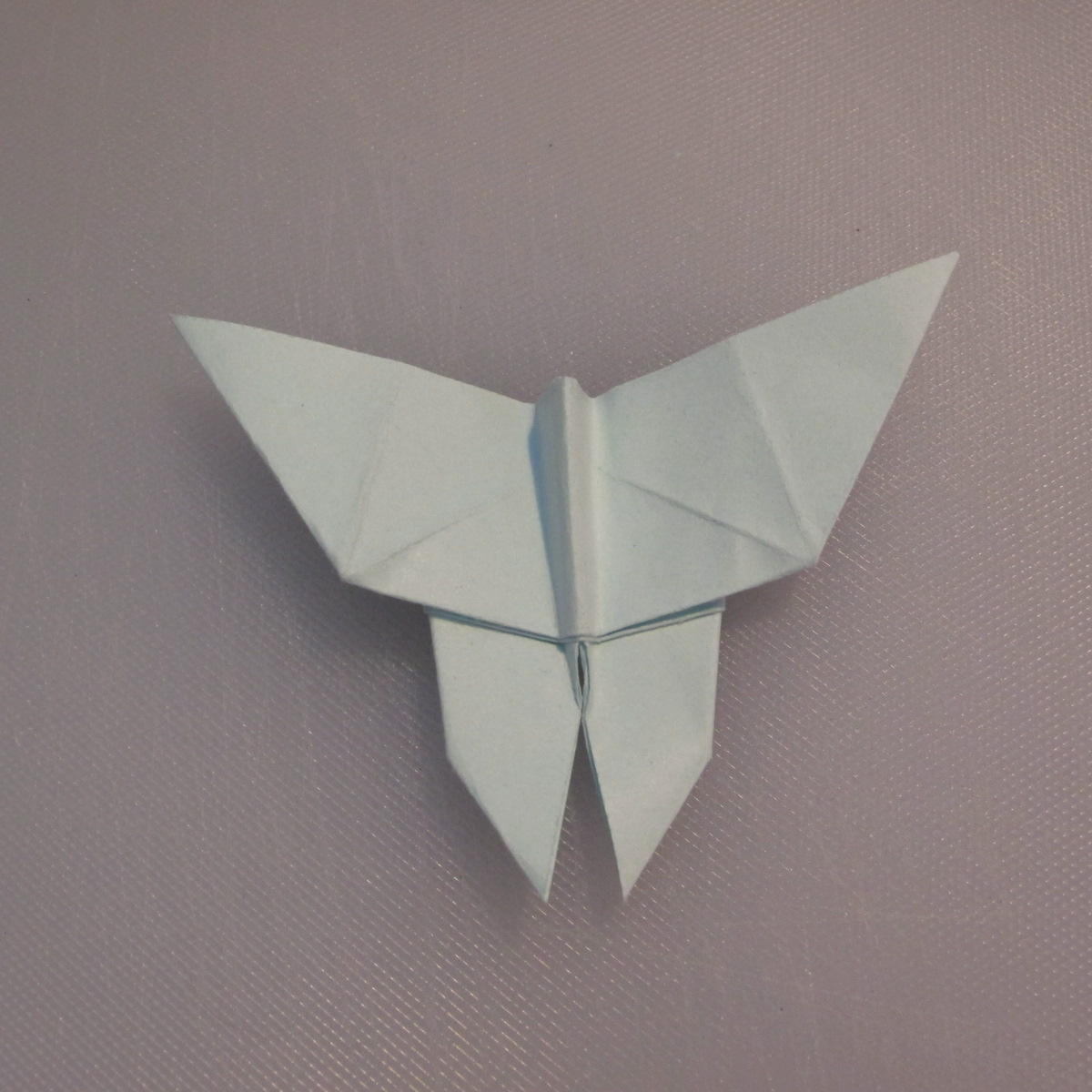 วิธีพับกระดาษเป็นรูปผีเสื้อ 019