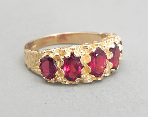 Vintage Garnet Ring Set In 9ct Gold 3.5ct Red Garnet Size 7.25 Garnet 5 Stone Cluster Red Ring Right Hand Ring | by celticfinds_vintage