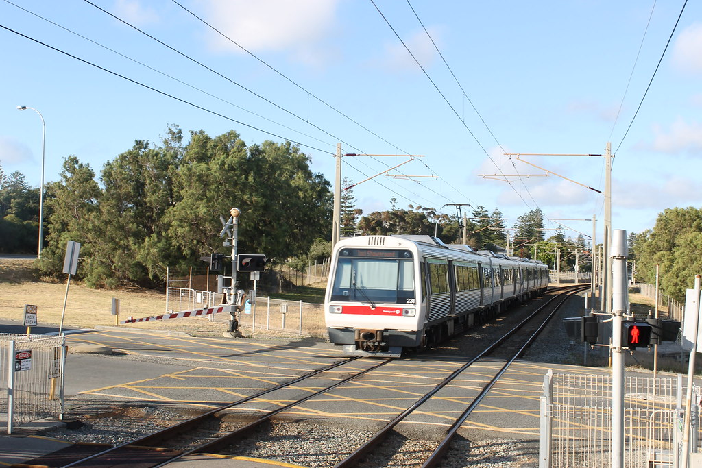 A series set 31 departs Victoria Street en route to Perth by Jeremy Dodds