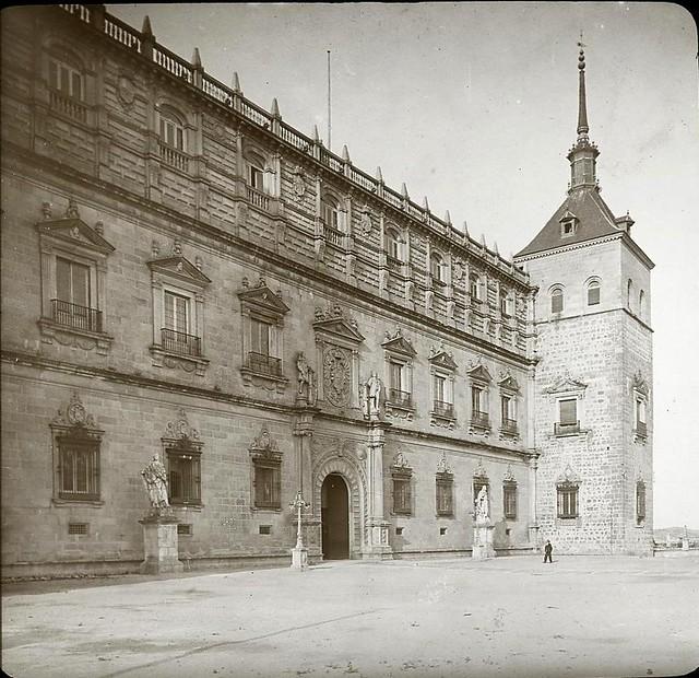 Alcázar de Toledo hacia 1905 fotografiado por Alois Beer. Fotografía editada y publicada por E. Mazo para linterna mágica MTFFD026540_P