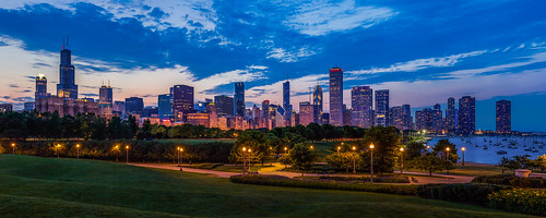 city sunset panorama chicago skyline night clouds landscape illinois downtown cityscape cloudy fieldmuseum explore bluehour museumcampus chicagoist willistower