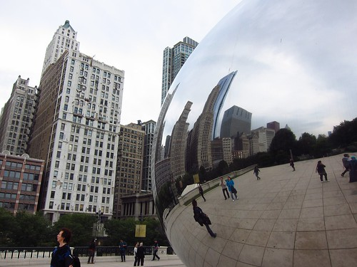 Skyline Reflection in the Cloud Gate | by fabulousfabs