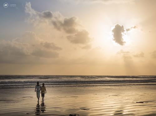 sunset people india beach clouds thane in dandi dandibeach