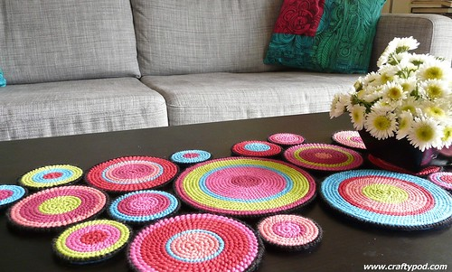 Plastic Canvas Table Runner | by CraftyPod