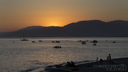 españa sol canon atardecer mar andalucía spain barcos fiestas playa andalucia 1855mm puesta almeria virgen almería embarque elejido embarcaciones balerma 1100d