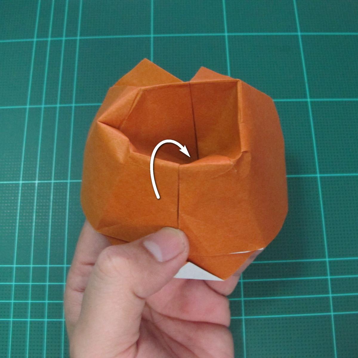 การพับกระดาษเป็นที่คั่นหนังสือหมีแว่น (Spectacled Bear Origami)  โดย Diego Quevedo 022