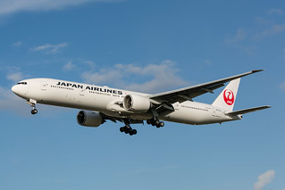 Japan Airlines B777-346ER JA743J | by happyrelm
