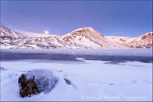 morning winter snow dawn scotland hillwalking dumfriesandgalloway hils scottishborders landscapephotography lochskeen whitecoomb