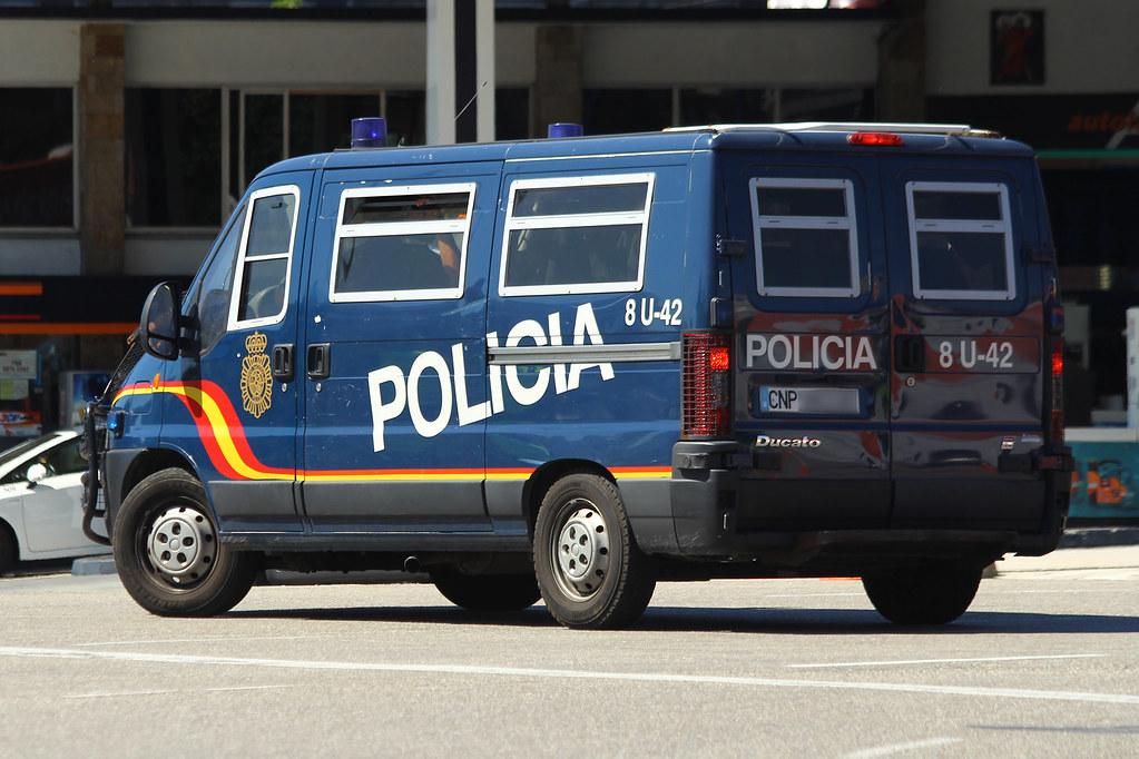 Resultado de imagen de policia nacional españa